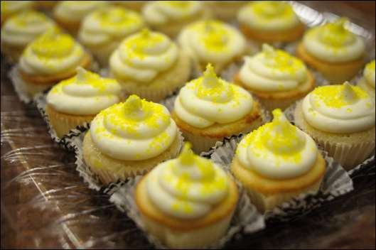 lemon-meringue-pie-cupcakes-4