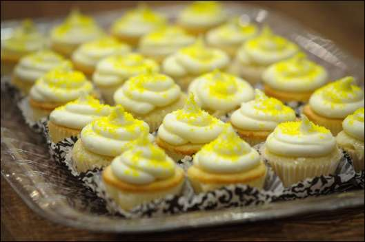 lemon-meringue-pie-cupcakes-5