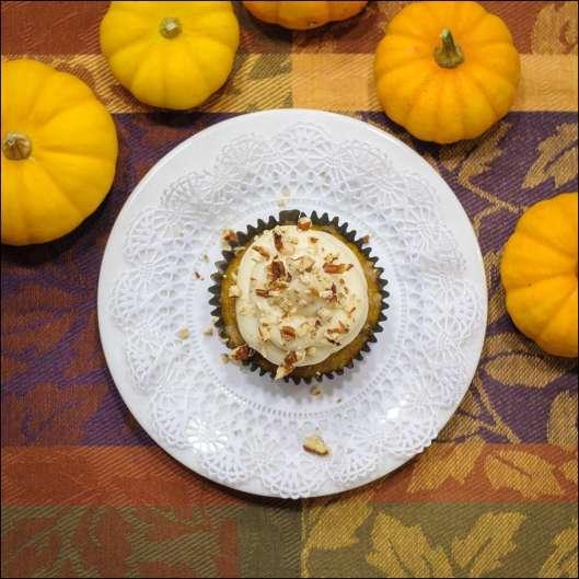 pumpkin-spice-cupcakes-2