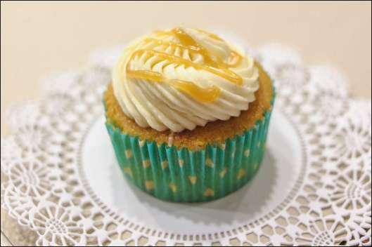 salted-caramel-cupcakes-3