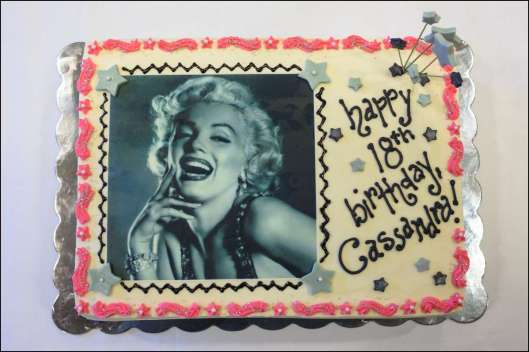marilyn-monroe-cake-2
