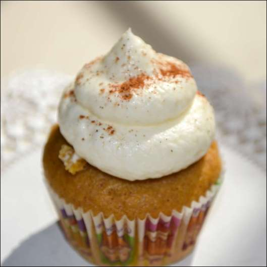 pumpkin-spice-latte-cupcakes-8
