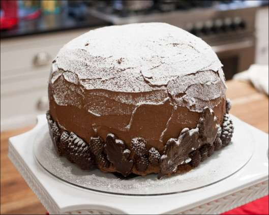 chocolate-snowflake-cake-4