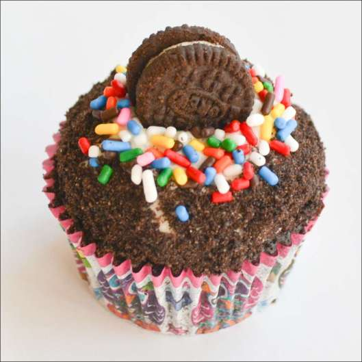 cookies-and-cream-cupcakes-3