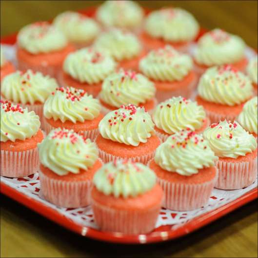 pink-velvet-cupcake-3