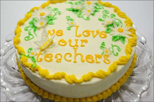 teacher-appreciation-cake-5