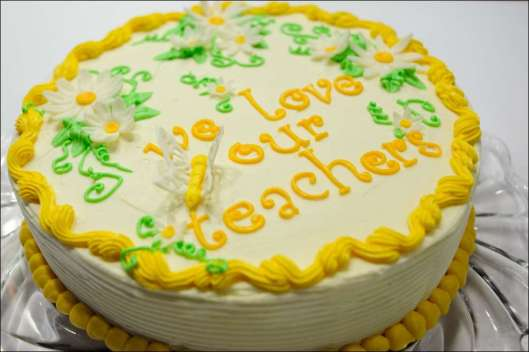 teacher-appreciation-cake-6