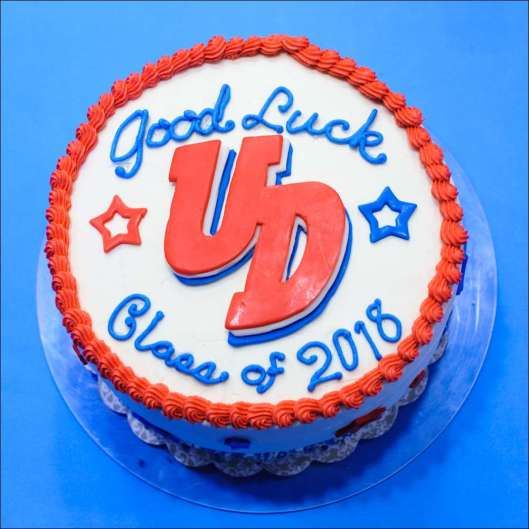 dayton-graduation-cake-1
