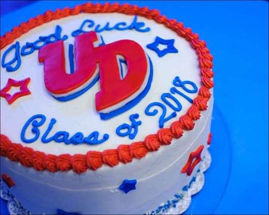 dayton-graduation-cake-4