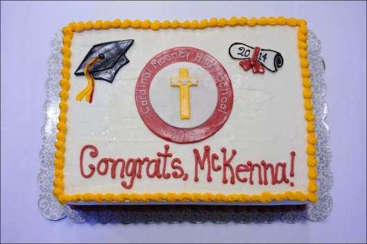 mooney-graduation-cake-1