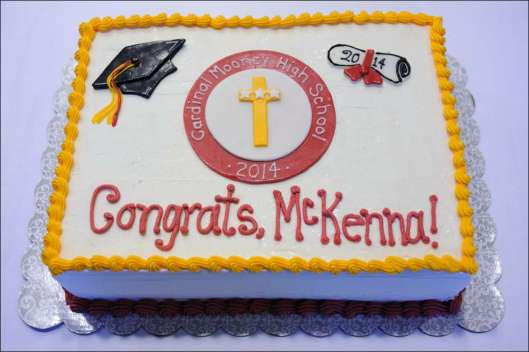 mooney-graduation-cake-2