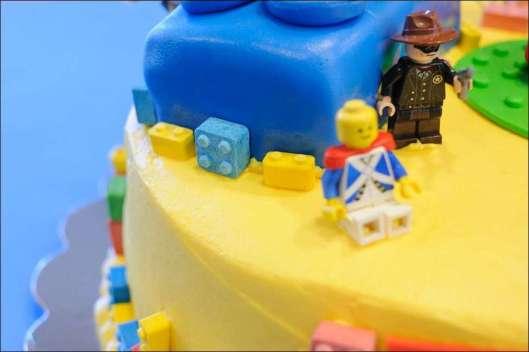 lego-birthday-cake-5
