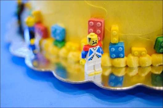 lego-birthday-cake-9