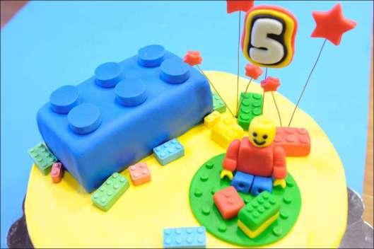lego-birthday-cake-15