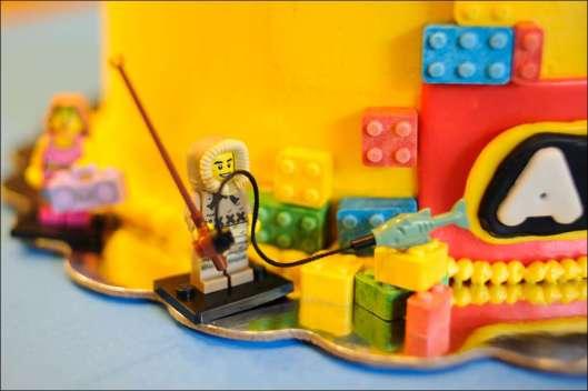 lego-birthday-cake-24
