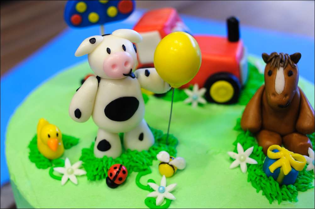 Barnyard Themed Second Birthday Cake Gray Barn Baking