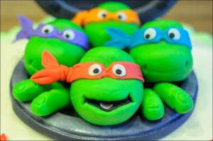teenage-mutant-ninja-turtle-cake-9