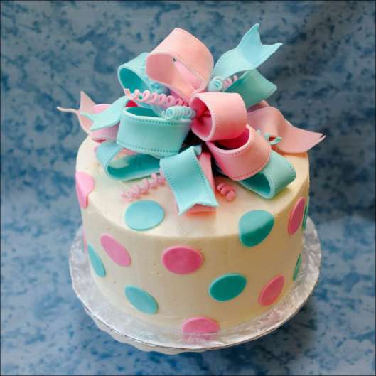 ribbon-gender-reveal-cake-1