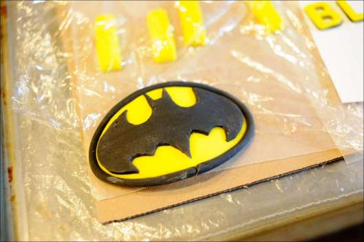 batman-multi-layer-cake-1