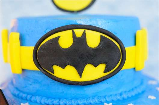 batman-multi-layer-cake-16