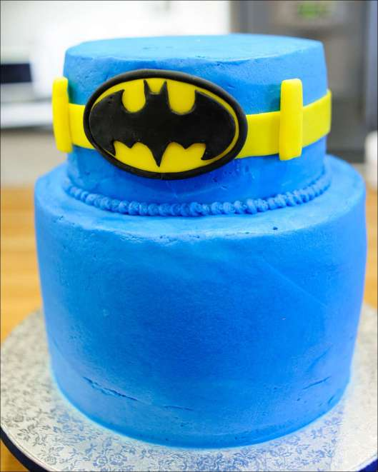 batman-multi-layer-cake-4