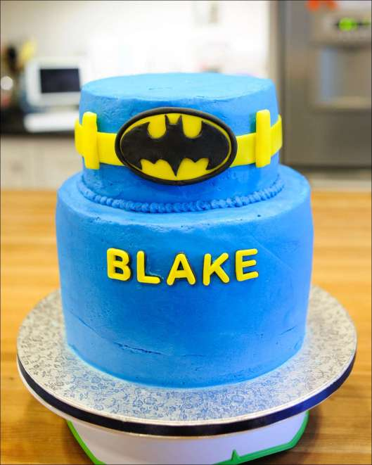 batman-multi-layer-cake-5