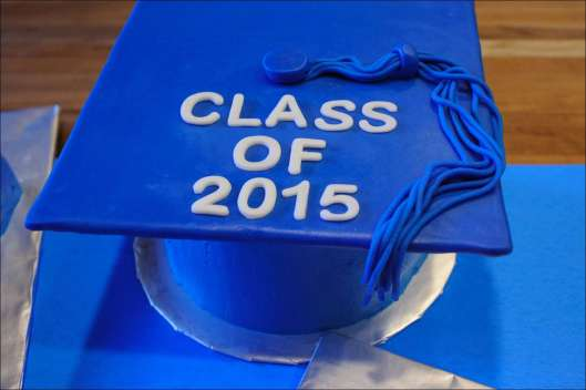 sports-football-graduation-cakes-4