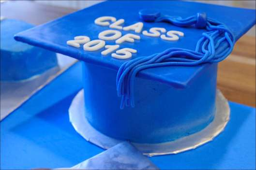 sports-football-graduation-cakes-7