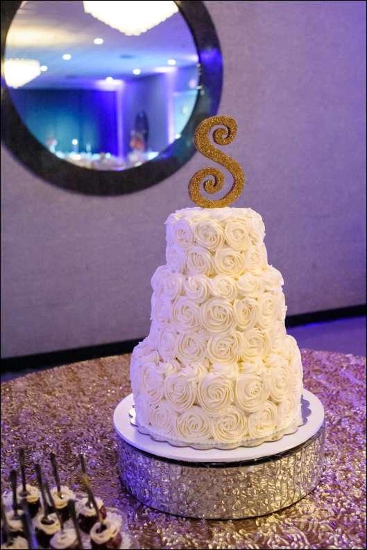 rosette-wedding-cake-21
