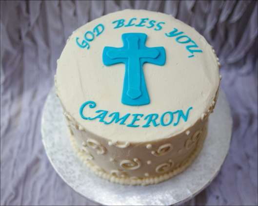 round-swirl-first-communion-cake-1