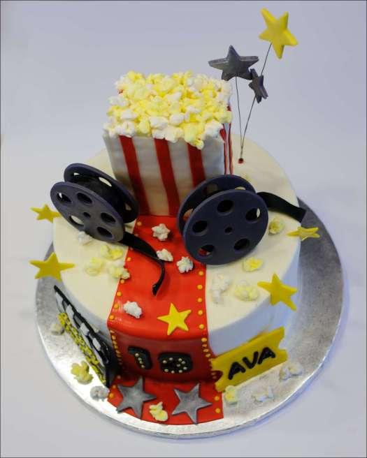 movie-themed-cake-2