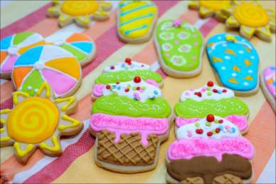 pool-party-cookies-7