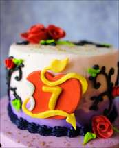 disney-descendants-cake-2