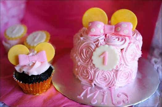 minnie-mouse-first-cupcakes-5