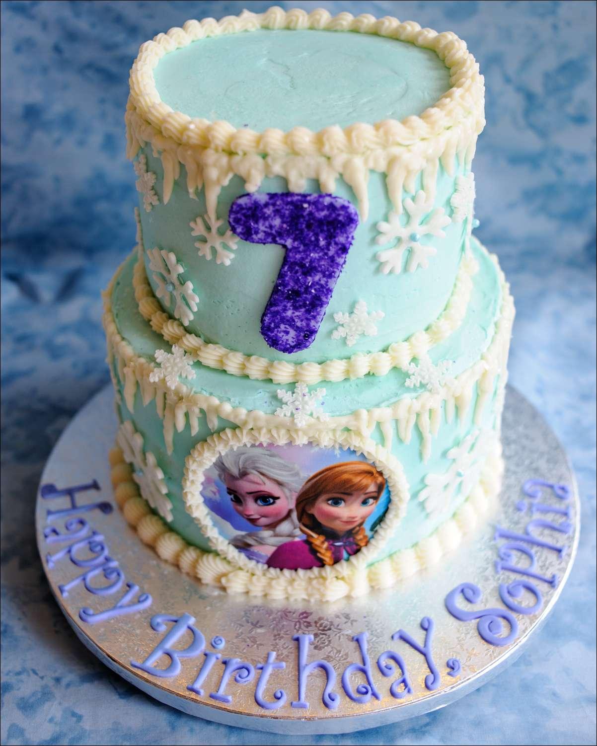 frozenbirthdaycakecupcakecookies5 Gray Barn Baking