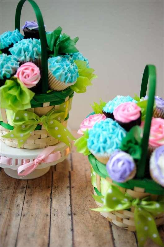 Spring Cupcake Bouquets | Gray Barn Baking