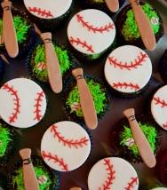 baseball cupcakes_1