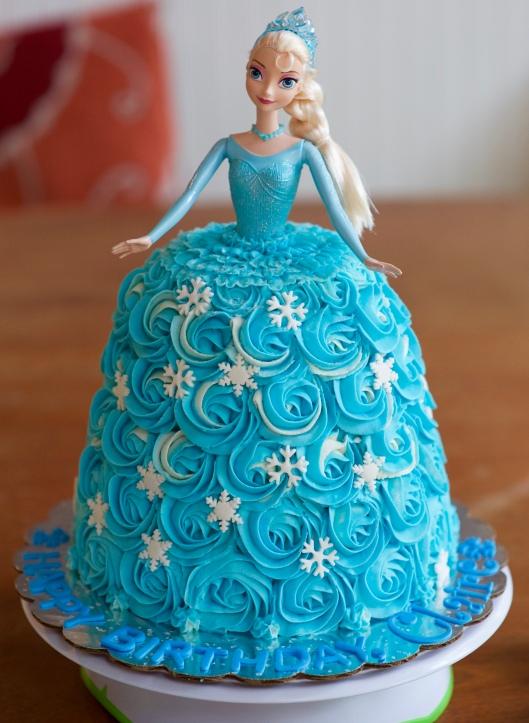 elsa doll cake_4