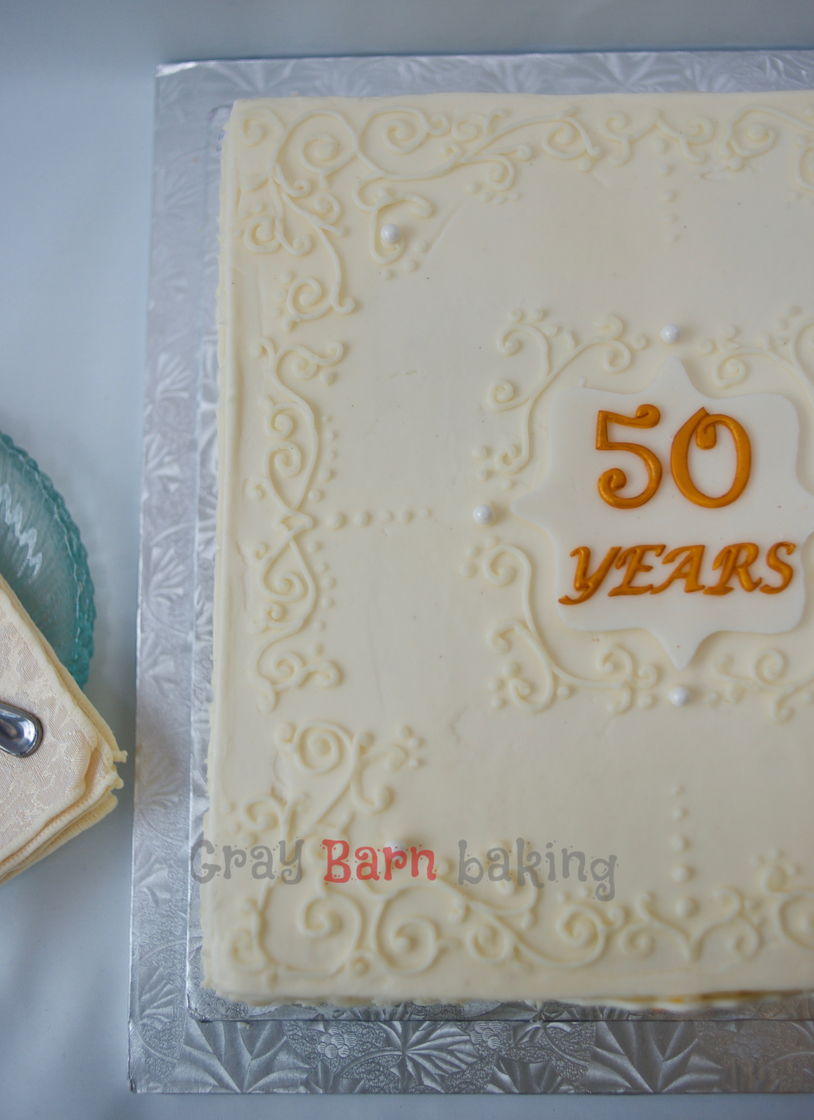 How To Make Sugar Plaques For Cakes