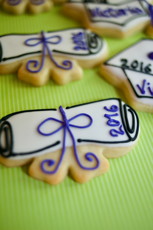 Graduation cookies_purple_2