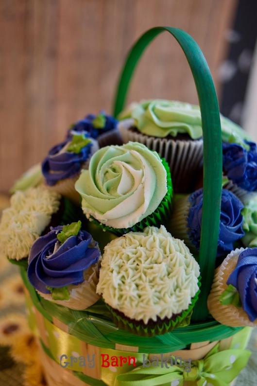 grn cupcake bouquet_2