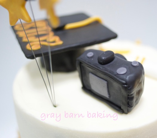 photo grad cake0000