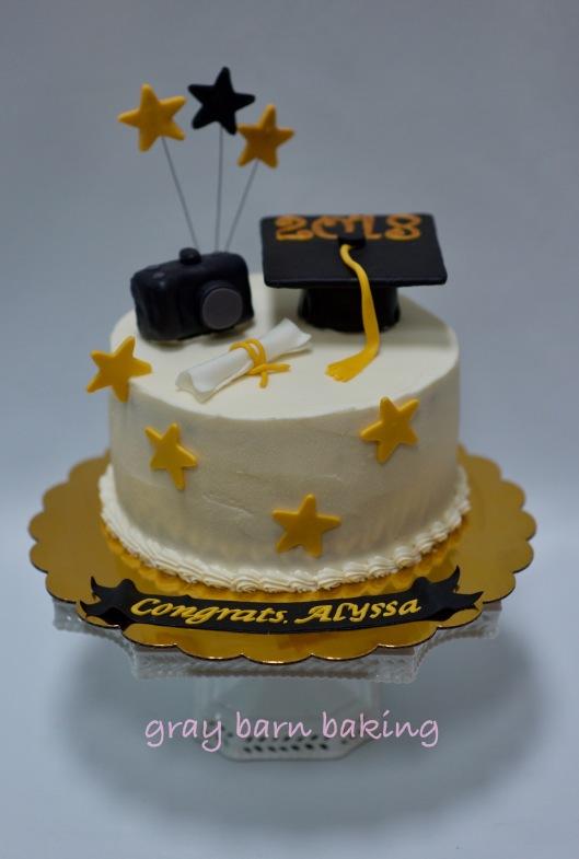 photo grad cake0004