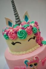 Unicorn _LOL surprise cakes0002