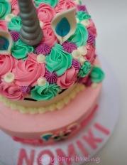 Unicorn _LOL surprise cakes0003