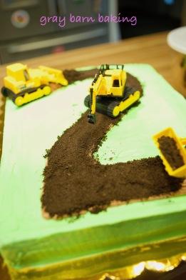 Construction 2 Cake0001
