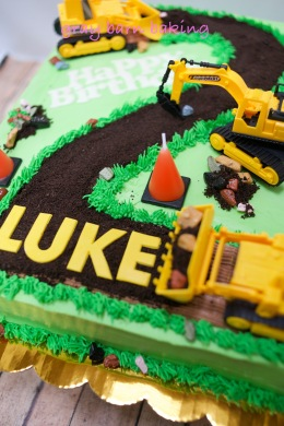 Construction 2 Cake0002